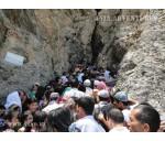 Sightseeing in Hozrat-Daud cave
